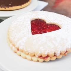 Co s přebytečným cukrovím: nový dezert nebo rozptýlení v létě